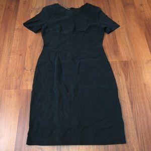 NWT Slim Fit Paris Italy Shift Black Dress Tencel